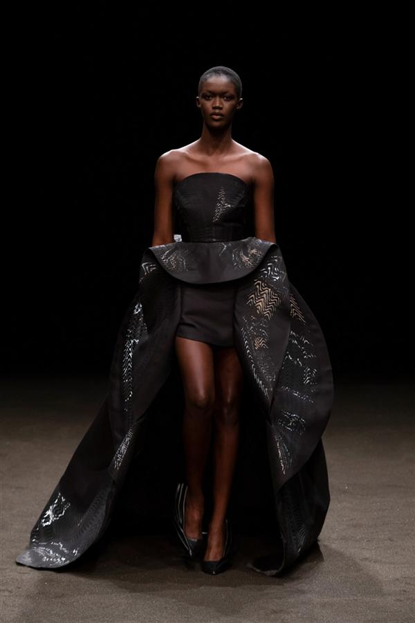 Iris Van Herpen Haute Couture İlkbahar/Yaz 2021