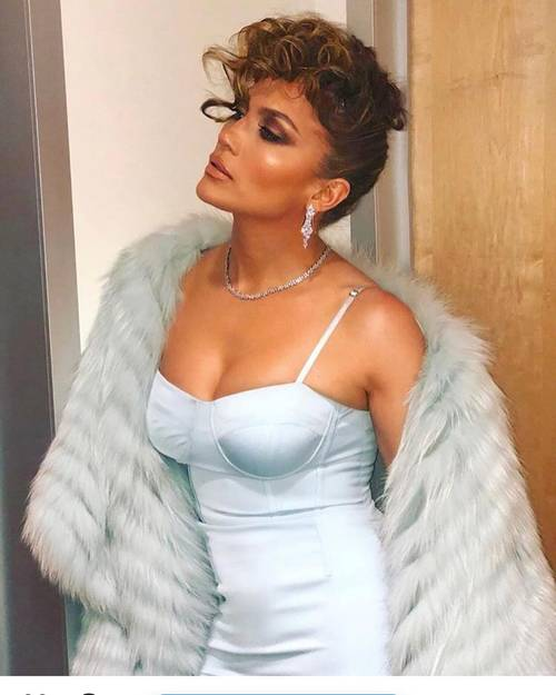 Jennifer Lopez'in 50 Yaşında Işıltılı ve Sıkı Bir Cilde Sahip Olmasının 5 Sırrı - Jennifer Lopez'in 50 Yaşında Işıltılı ve Sıkı Bir Cilde Sahip Olmasının 5 Sırrı