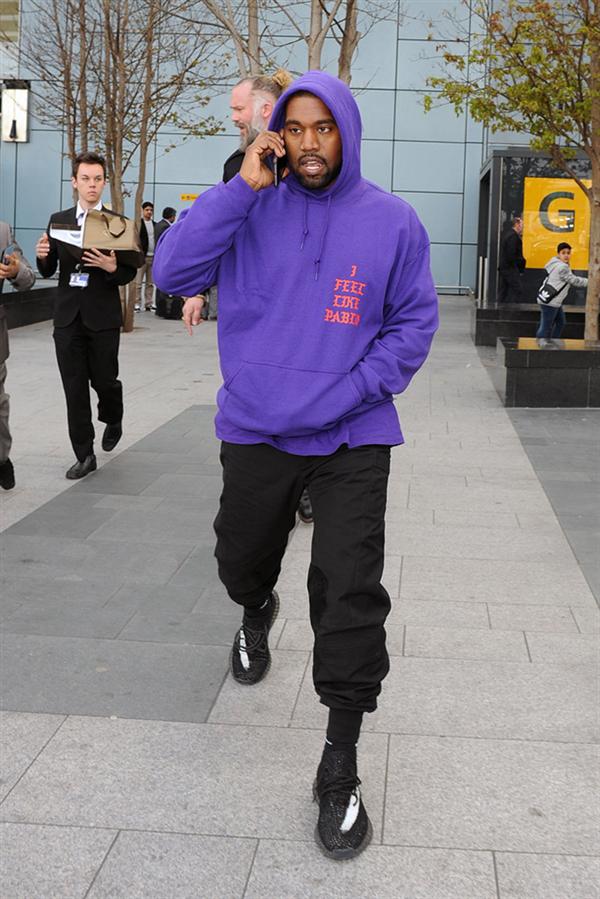 Kanye West Artık Sosyal Medyada Yok!