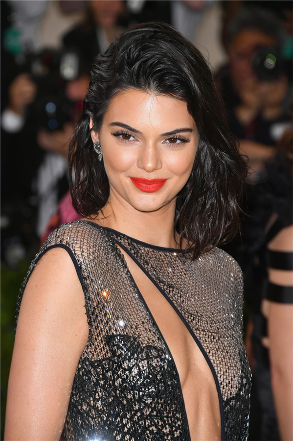 Kendall Jenner - 2017