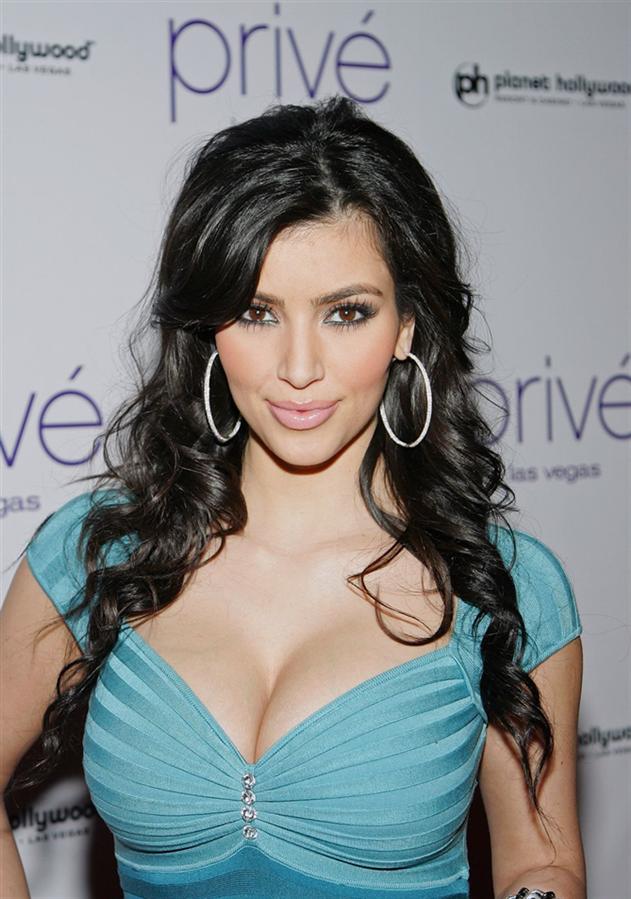 Kim Kardashian - 2008