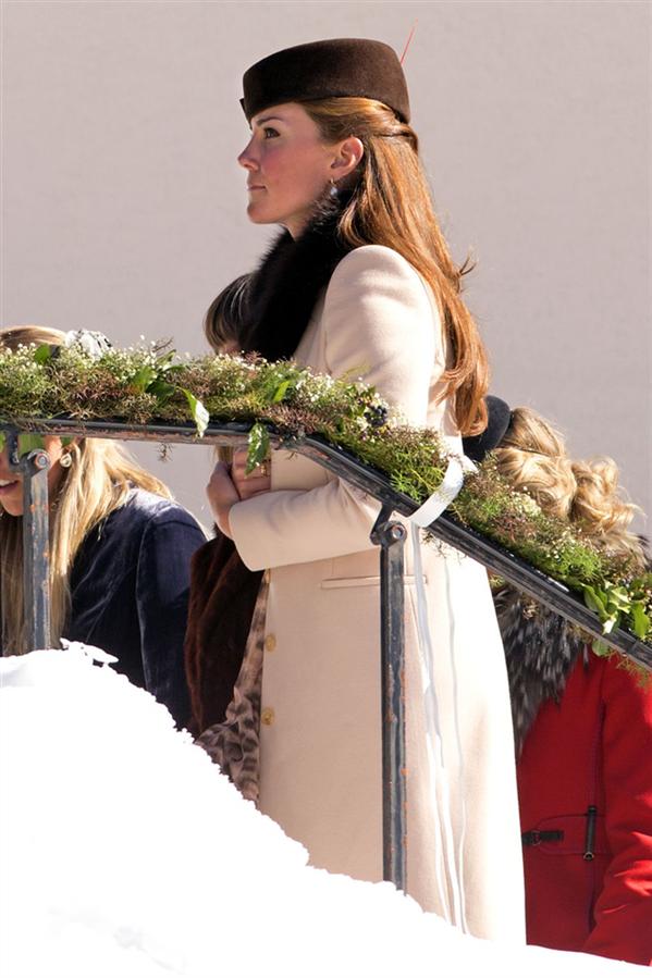 Laura Bechtolsheimer VeMark Tomlinson'ın Düğünü
