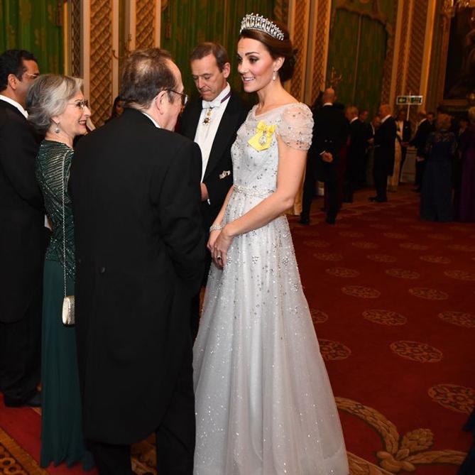 Kate Middleton'ın Noel Daveti Stili