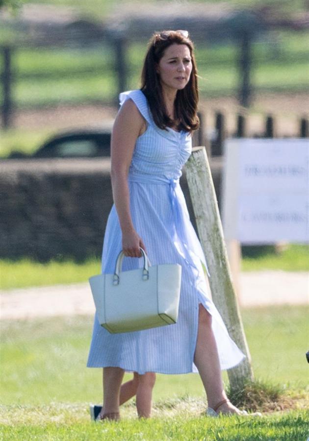 Kate Middleton'ın Zara Elbisesi