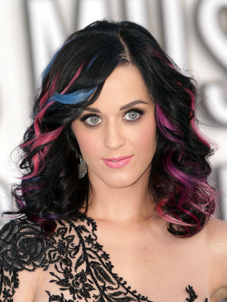 2010 - Katy Perry'nin Güzellik Evrimi