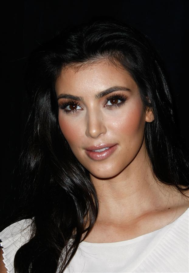 Kim Kardashian'ın Dünden Bugüne Güzellik Evrimi - Kim Kardashian'ın Dünden Bugüne Güzellik Evrimi
