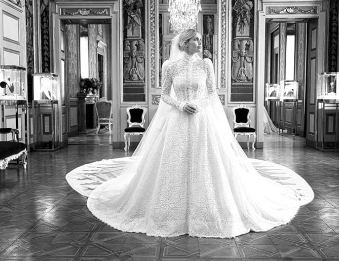 Kitty Spencer'ın Büyüleyici Dolce & Gabbana Gelinliğinden İlham Alın!
