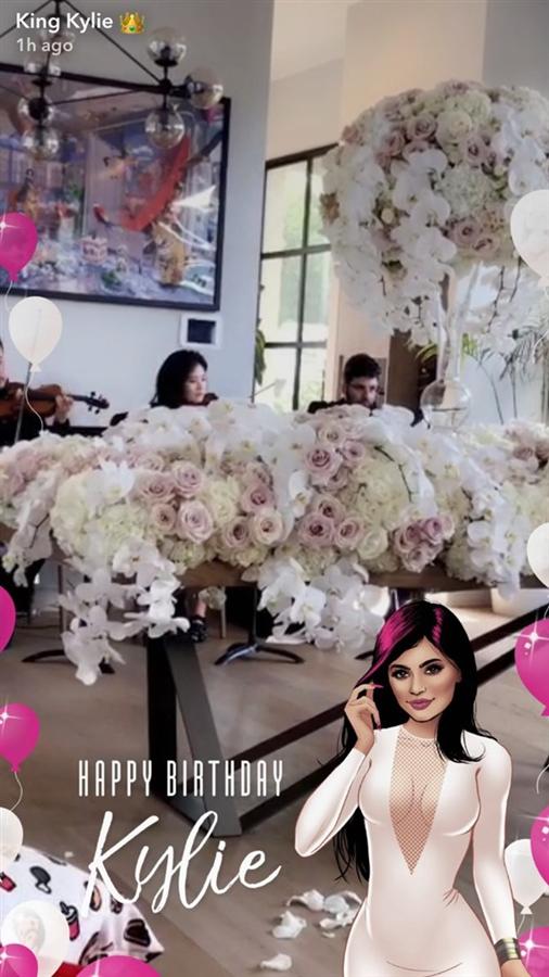 KIylie Jenner Doğum Gününü Kutladı