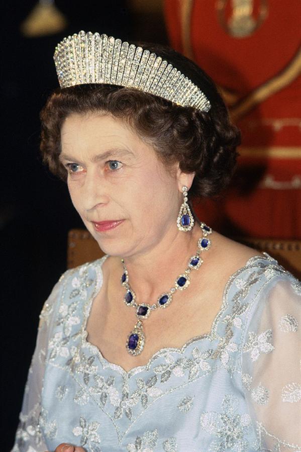 Kraliyet Tarihinin En Pahalı ve İhtişamlı Mücevherleri