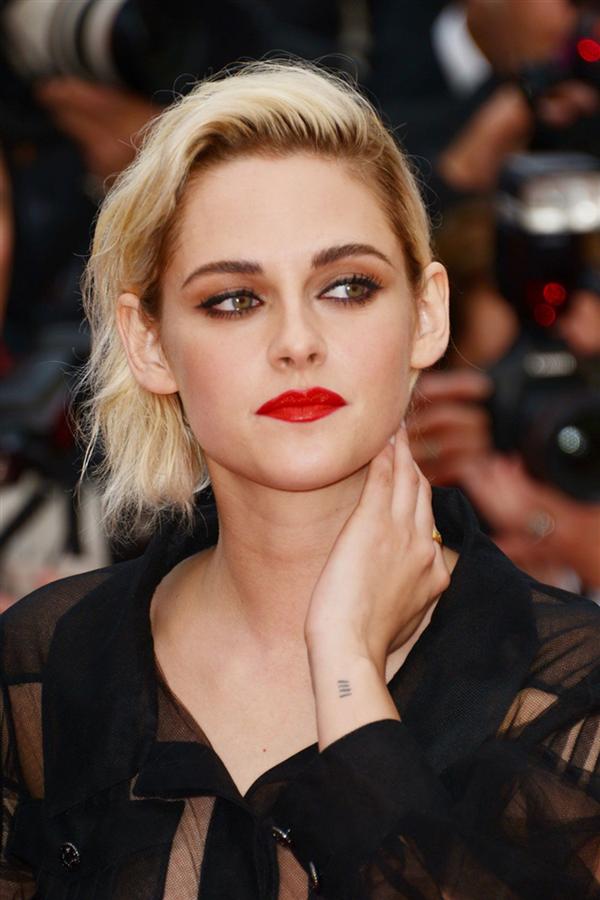 Kristen Stewart Yeni Filminde Lady Diana Olacak! - Kristen Stewart Yeni Filminde Lady Diana Olacak!