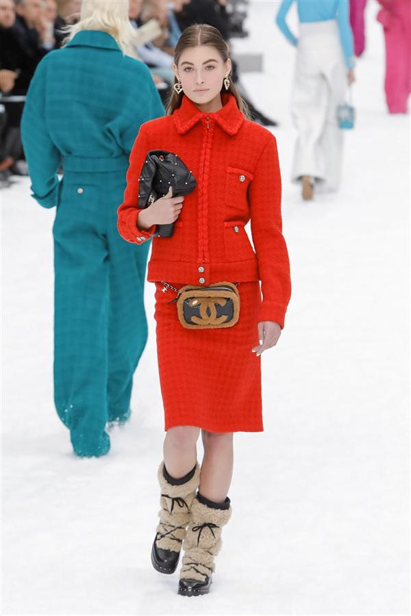 Kusursuz Tasarımlarla Chanel Sonbahar/Kış 2019 Koleksiyonu