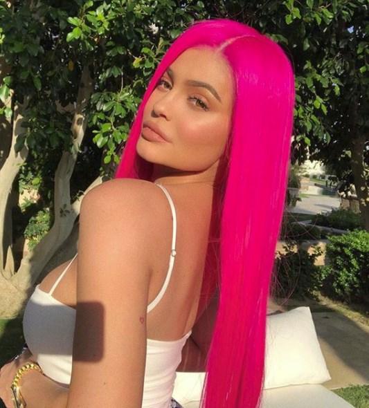 Kylie Jenner'a Annelik Tepkileri Artıyor