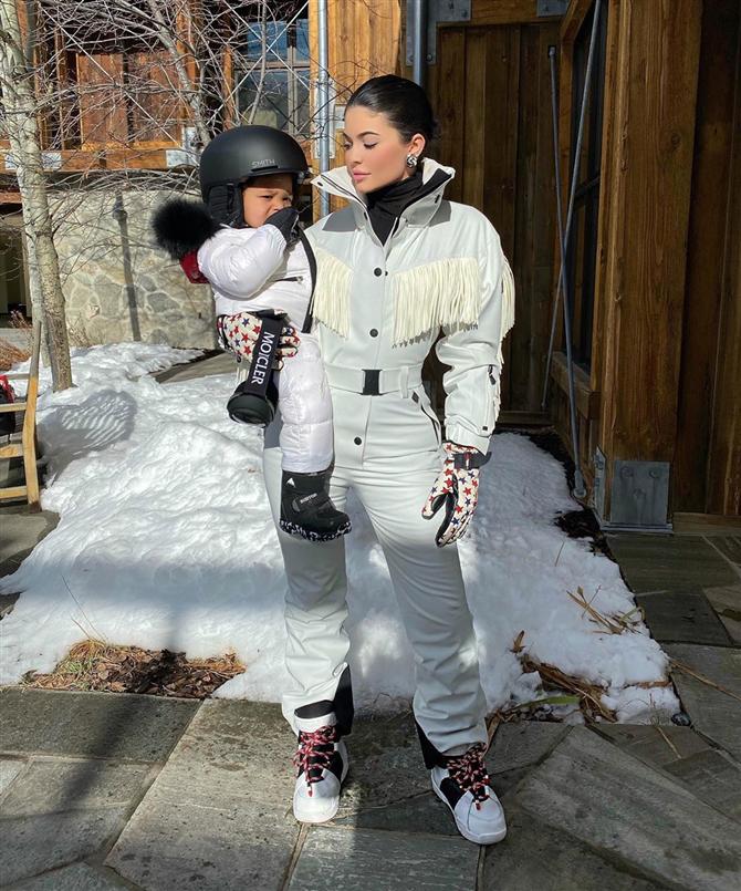 Kylie Jenner'ın İlham Veren Kış Tatili Stili - Kylie Jenner'ın İlham Veren Kış Tatili Stili