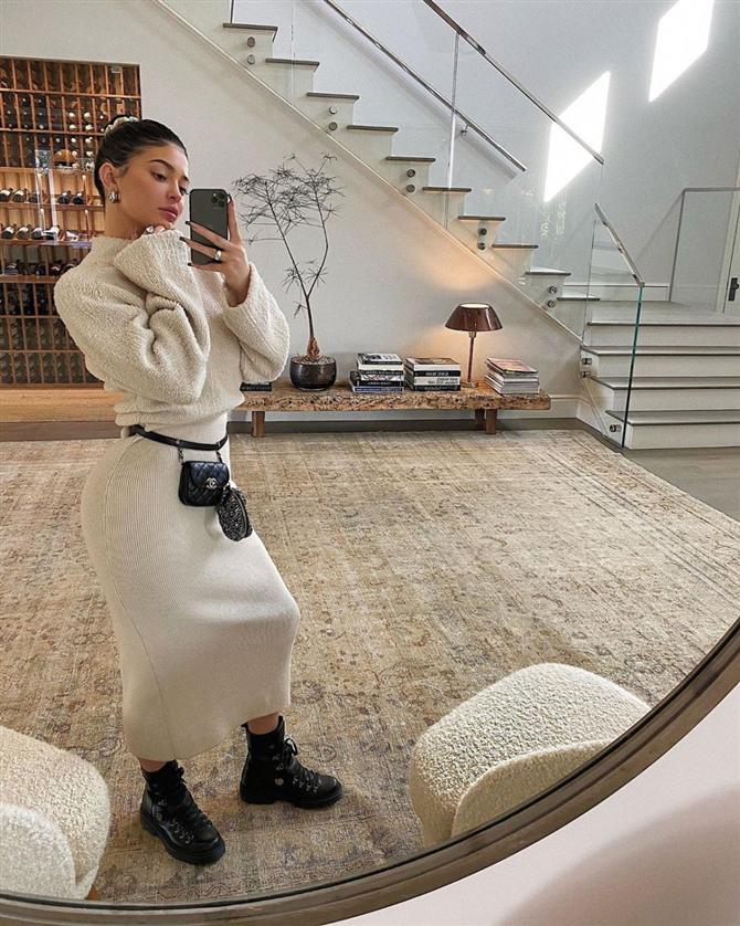 Kylie Jenner'ın Uyumlu Giyinme Takıntısını Mercek Altına Aldık - Kylie Jenner'ın Uyumlu Giyinme Takıntısını Mercek Altına Aldık