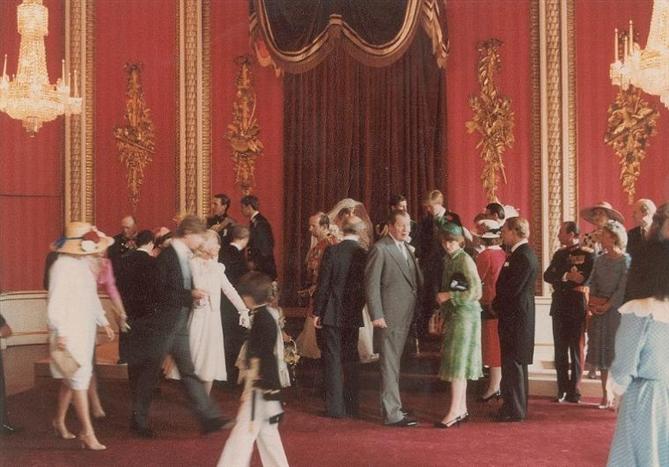 Lady Diana ve Prens Charles`ın Düğününden Görülmemiş Fotoğraflar - Lady Diana ve Prens Charles`ın Düğününden Görülmemiş Fotoğraflar