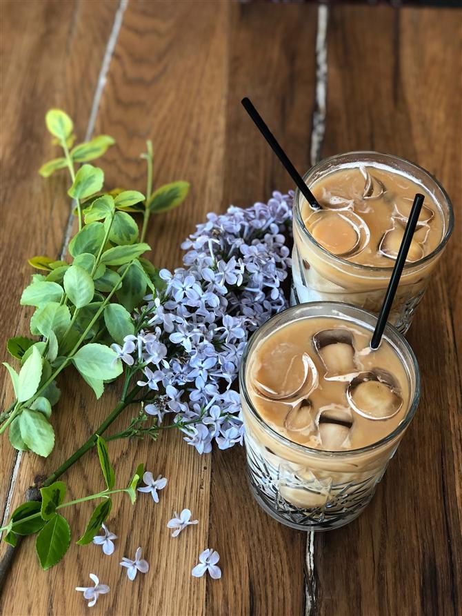 Leziz ve Serinletici Buzlu Kahve Tarifleri - Leziz ve Serinletici Buzlu Kahve Tarifleri