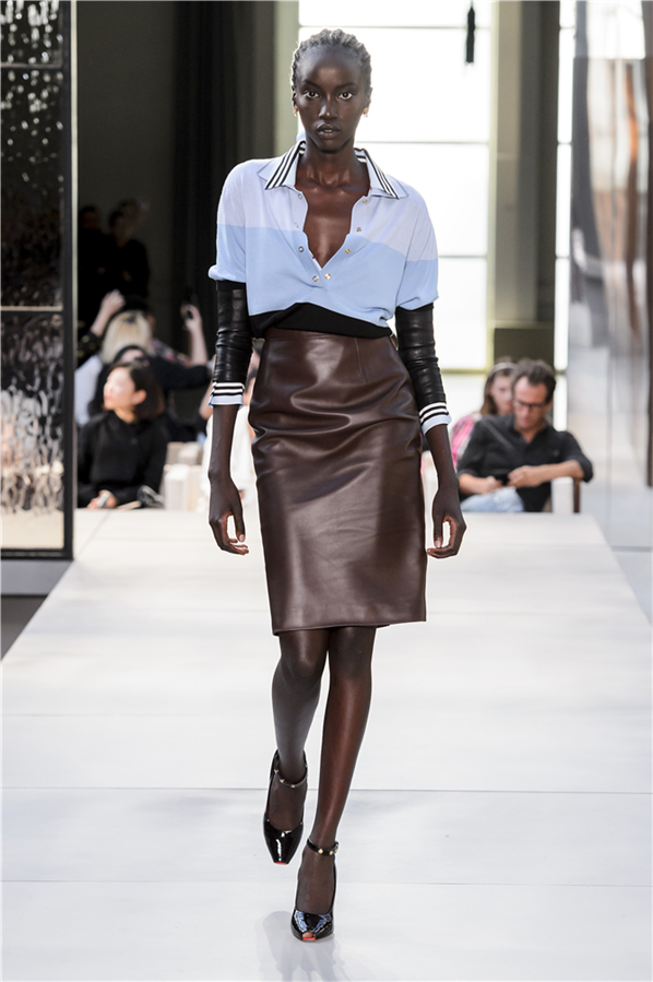 Londra Moda Haftası: Burberry İlkbahar/Yaz 2019