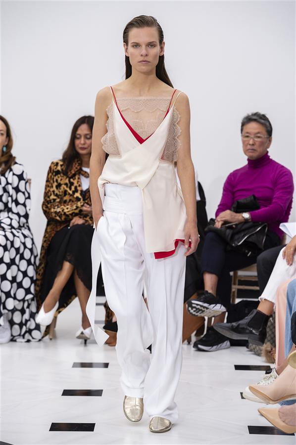 Londra Moda Haftası: Victoria Beckham İlkbahar/Yaz 2019