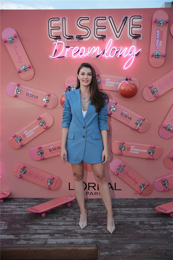 L'Oréal Paris Elseve ve Hande Erçel'den İstanbul'da Muhteşem Parti! - L'Oréal Paris Elseve ve Hande Erçel'den İstanbul'da Muhteşem Parti!