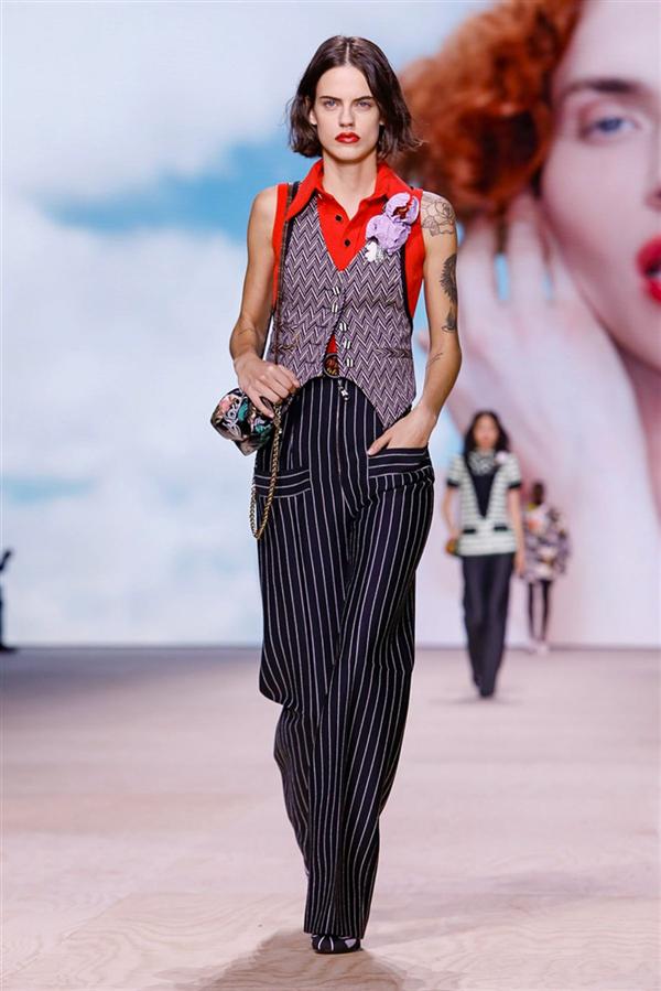 Louis Vuitton İlkbahar/Yaz 2020 Koleksiyonu - Louis Vuitton İlkbahar/Yaz 2020 Koleksiyonu