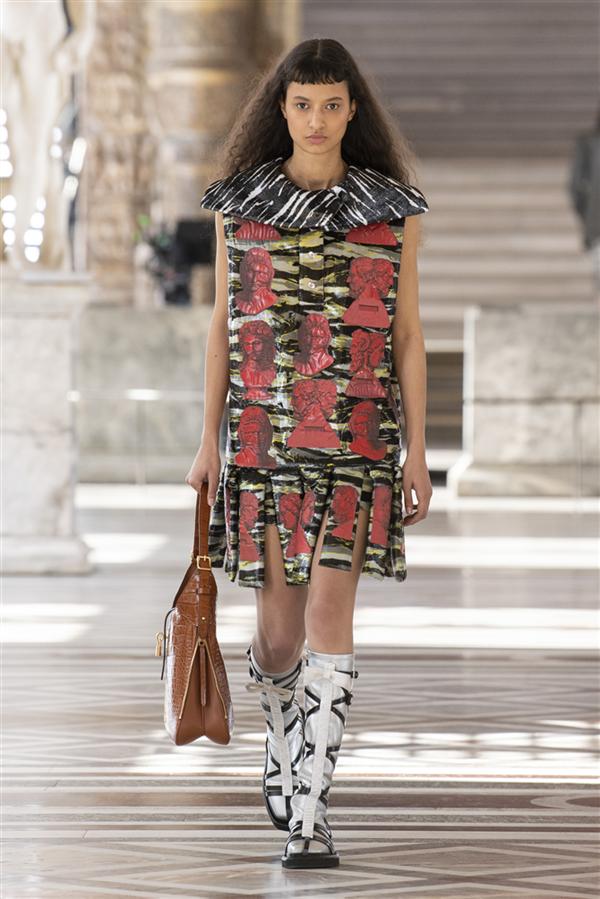 Louis Vuitton'dan Fornasetti ile İş Birliği