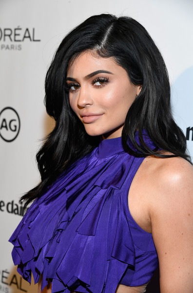Makyaj Kraliçesi Kylie Jenner'ın İlham Veren Güzellik Görünümleri