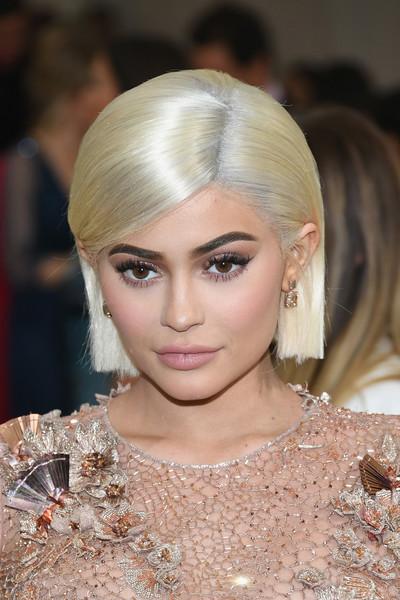 Makyaj Kraliçesi Kylie Jenner'ın İlham Veren Güzellik Görünümleri - Makyaj Kraliçesi Kylie Jenner'ın İlham Veren Güzellik Görünümleri