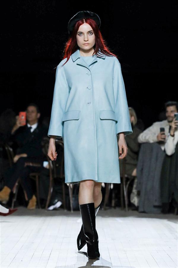Marc Jacobs Sonbahar/Kış 2020 Defilesi Büyüledi