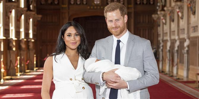 Meghan Markle ve Prens Harry Bebekleri İle İlk Kez Aynı Karede! - Meghan Markle ve Prens Harry Bebekleri İle İlk Kez Aynı Karede!