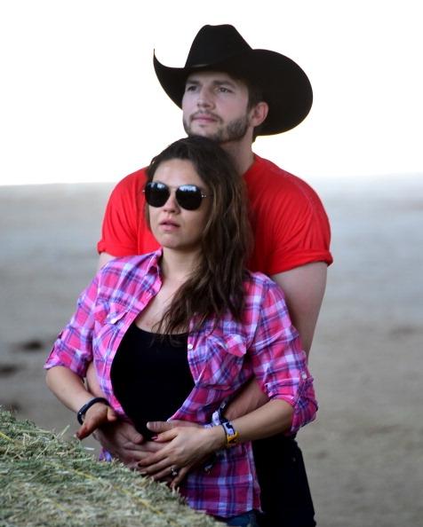 Mila Kunis ve Ashton Kutcher evlendi - Mila Kunis ve Ashton Kutcher evlendi