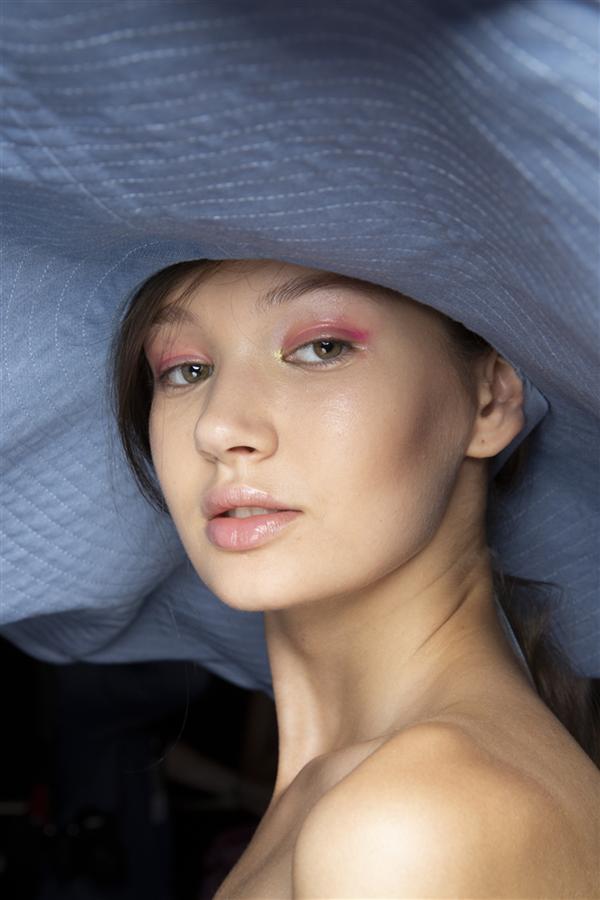 Milano Moda Haftası'nın Hafızalara Kazınan Güzellik Görünümleri - Milano Moda Haftası'nın Hafızalara Kazınan Güzellik Görünümleri