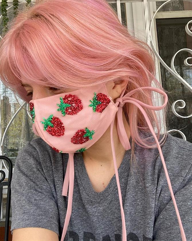 Modaya Ayak Uyduran Maske Tasarımları