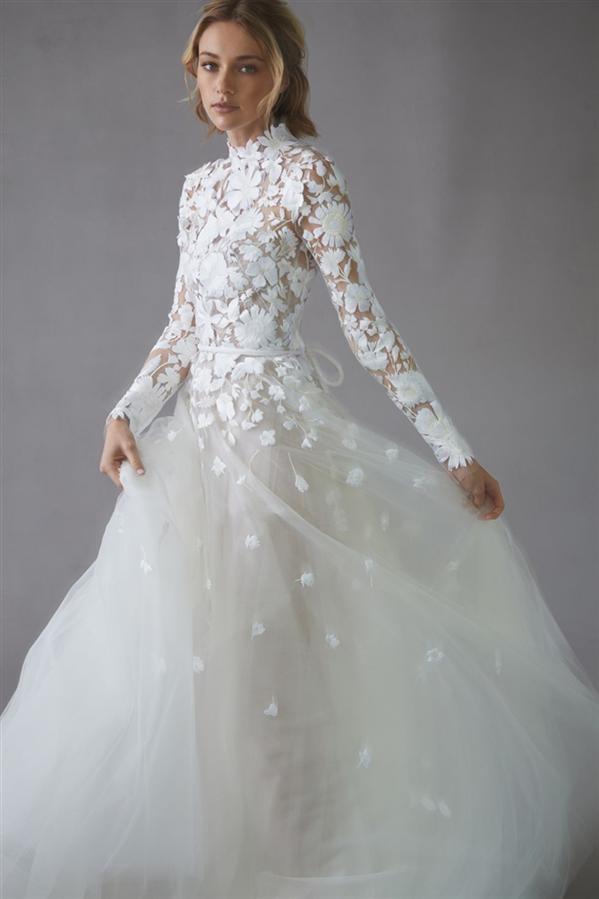 Modern Gelinliklere Övgü: Oscar De La Renta Bridal 2022 Bahar Tasarımları