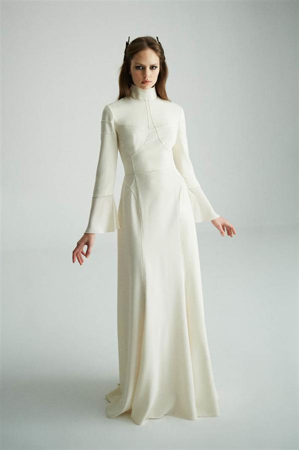 "Museum Of Fine Clothing Sonbahar/ Kış 2021 Koleksiyonu ""Caged Beauty"""