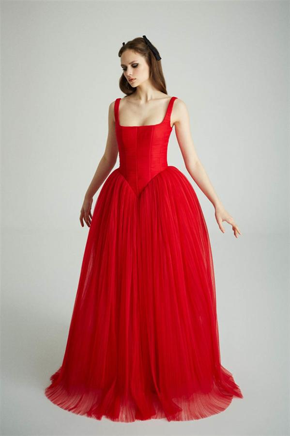 """Museum Of Fine Clothing Sonbahar/ Kış 2021 Koleksiyonu """"Caged Beauty"""" - Museum Of Fine Clothing Sonbahar/ Kış 2021 Koleksiyonu """"Caged Beauty"""""""