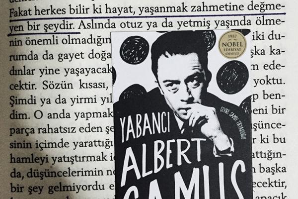 """10- """"Yabancı"""", Albert Camus - Mutlaka Okumanız Gereken 10 Kitap"""