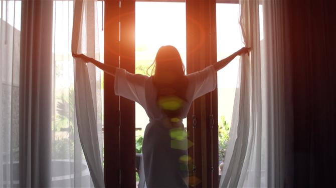 Neden Erken Kalkıp Günü Daha Çok Yaşamıyorsunuz?