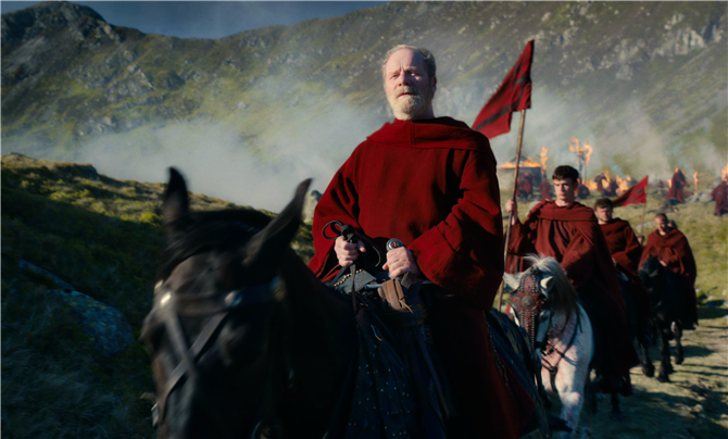 Netflix Yeni Fantastik Dizisi Cursed'den İlk Kareleri Paylaştı - Netflix Yeni Fantastik Dizisi Cursed'den İlk Kareleri Paylaştı