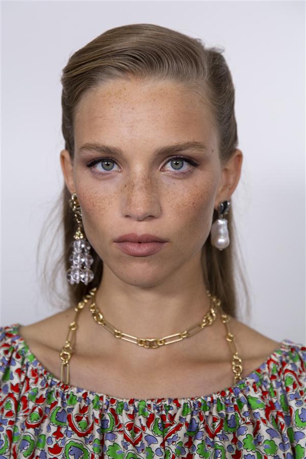 New York Moda Haftası'ndan Denemek İsteyeceğiniz Makyaj Görünümleri