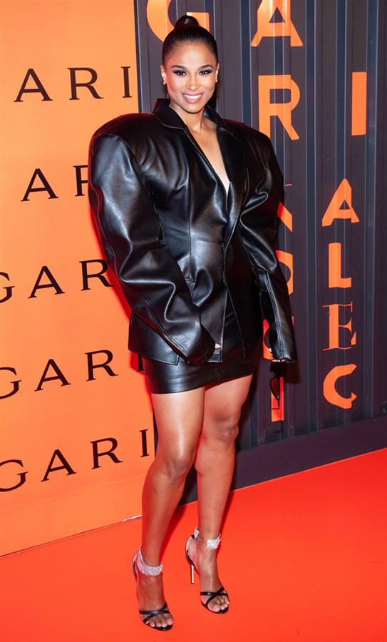 Ciara - New York Moda Haftasının Ünlü Konukları Neler Giydi?