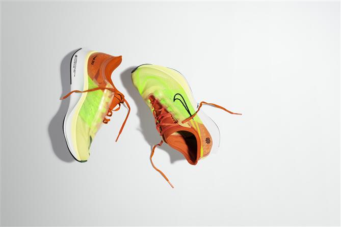 Nike'ın Zoom Serisi Yeni Renkleri ile Hızını Arttırmaya Devam Ediyor - Nike'ın Zoom Serisi Yeni Renkleri ile Hızını Arttırmaya Devam Ediyor