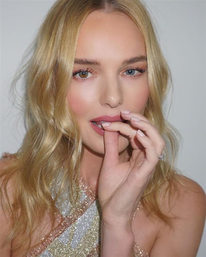 Özel Günlerde Yapabileceğiniz 5 Risksiz Saç Modeli - Özel Günlerde Yapabileceğiniz 5 Risksiz Saç Modeli