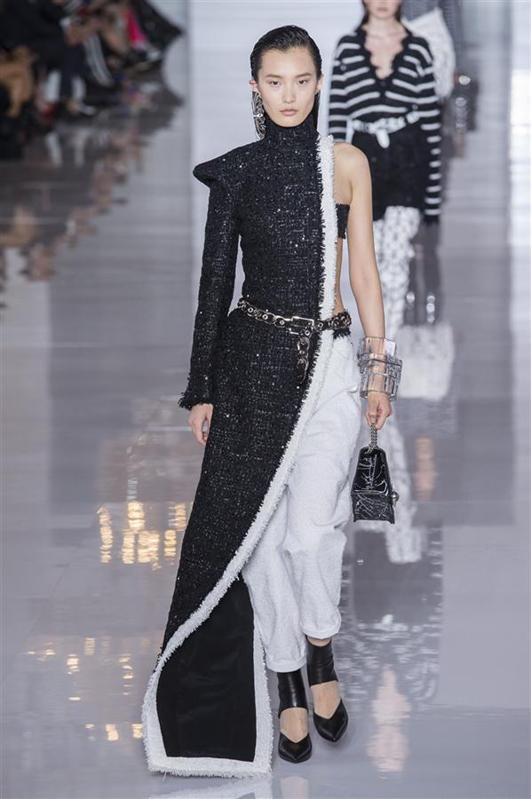 Paris Moda Haftası: Balmain İlkbahar/Yaz 2019
