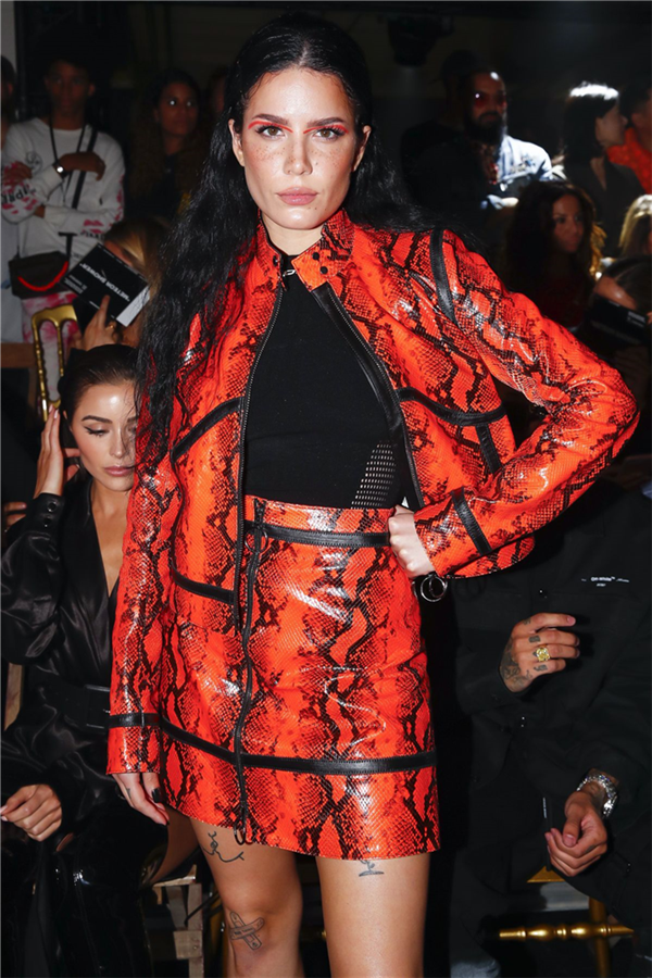 Halsey - Paris Moda Haftası Defilelerinin Ön Sıradaki Şık Ünlülerine Göz Atıyoruz