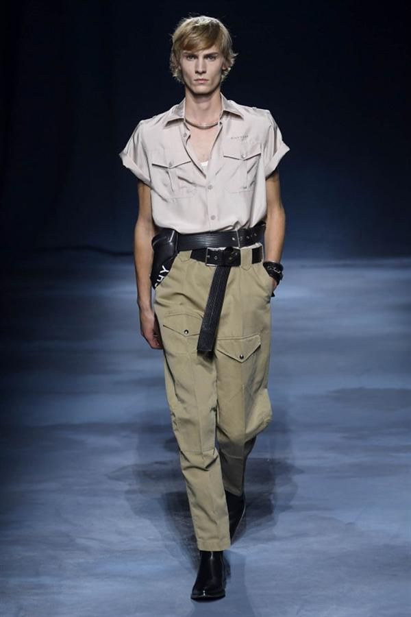 Paris Moda Haftası: Givenchy 2019 Bahar Koleksiyonu - Paris Moda Haftası: Givenchy 2019 Bahar Koleksiyonu