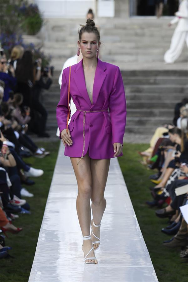 Paris Moda Haftası: Jacquemus İlkbahar/Yaz 2019