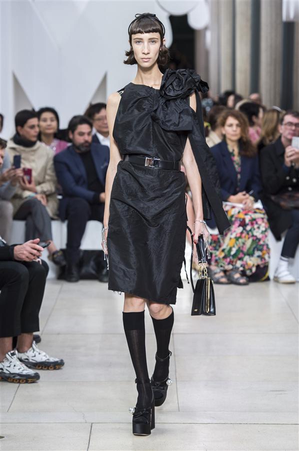 Paris Moda Haftası: Miu Miu İlkbahar/Yaz 2019