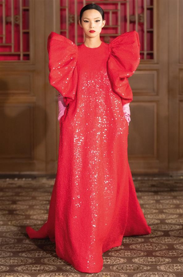 Pekin'de Gerçekleşen Valentino Haute Couture Defilesi Büyüledi
