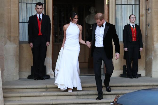 Prens Harry ve Meghan Markle'ın Balayı Rotası Değişti