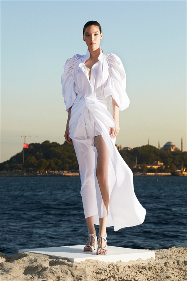 Pret-a-Couture Çizgisindeki Özgür Masur İlkbahar/Yaz 2021 Koleksiyonu - Pret-a-Couture Çizgisindeki Özgür Masur İlkbahar/Yaz 2021 Koleksiyonu